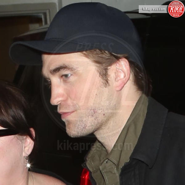 Robert Pattinson - Los Angeles - 07-04-2019 - Robert Pattinson di nuovo sul set: il mistero si infittisce
