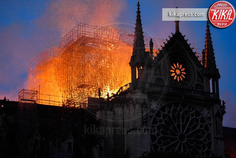 Incendio Notre Dame, Notre Dame de Paris, Notre Dame - Parigi - 15-04-2019 - Addio 2019, le immagini simbolo dell'anno