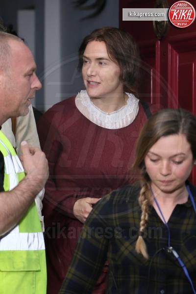 Kate Winslet - Londra - 17-04-2019 - Kate Winslet e Saoirse Ronan sul set di Ammonite