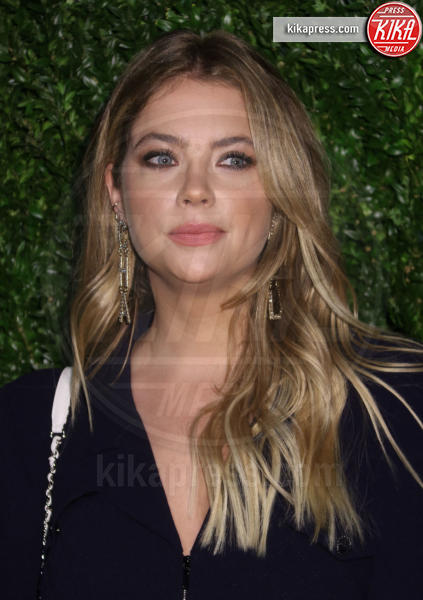 Ashley Benson - New York - 29-04-2019 - Matrimonio in vista per Cara Delevingne!