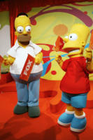 Homer Simpson, Bart Simpson - Milano - 30-11-2007 - Homer Simpson risponderà alle domande dei fan