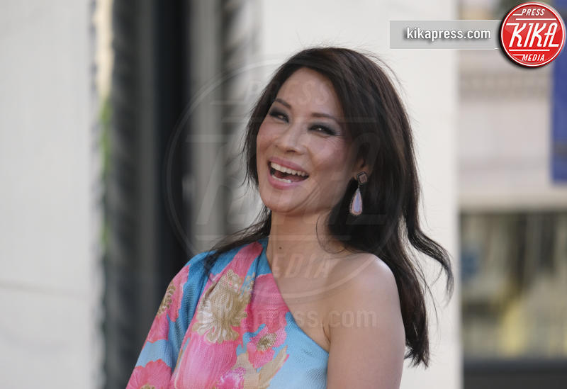 Lucy Liu - Los Angeles - 01-05-2019 - Lucy Liu sulla Walk of Fame...con le ex Charlie's Angels