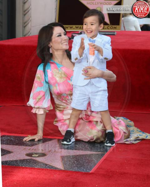 Rockwell Lloyd Liu, Lucy Liu - Los Angeles - 01-05-2019 - Lucy Liu sulla Walk of Fame...con le ex Charlie's Angels