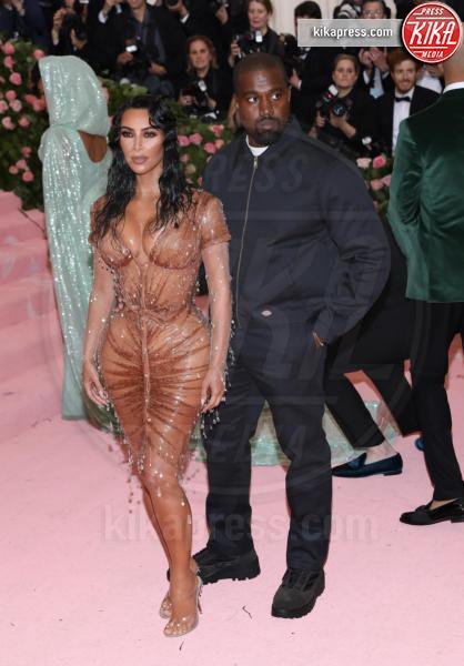 Kim Kardashian, Kanye West - New York - 07-05-2019 - Met Gala 2019: Katy Perry uno chandelier, Dua Lipa una farfalla