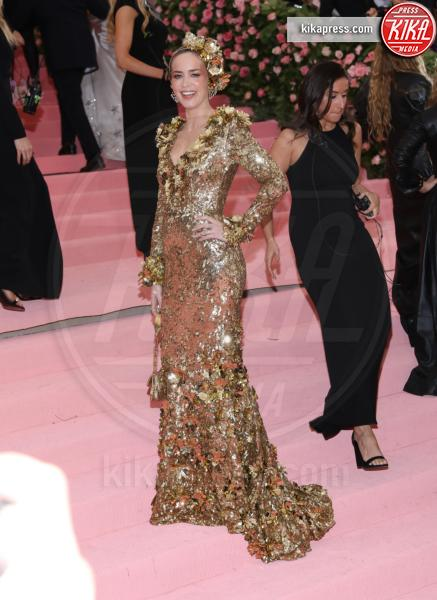 Emily Blunt - New York - 07-05-2019 - Met Gala 2019: Katy Perry uno chandelier, Dua Lipa una farfalla