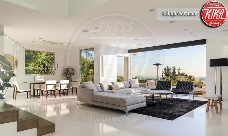 Villa Harry Styles - Hollywood - 08-05-2019 - Eleganza e vista mozzafiato: ecco la la villa di Harry Styles