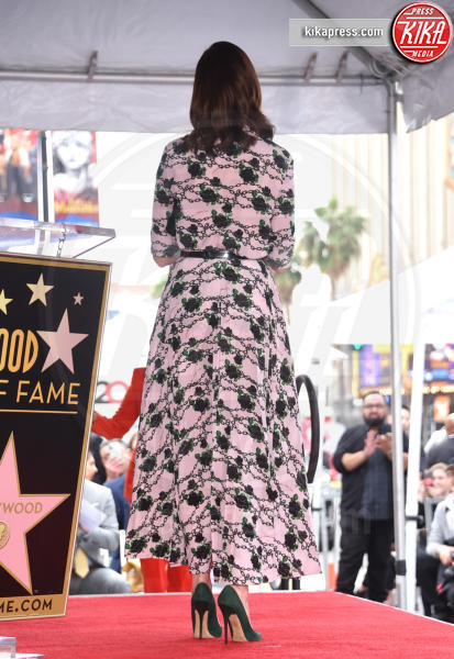 Anne Hathaway - Hollywood - 09-05-2019 - Anne Hathaway, la stella più bella sulla Walk of Fame