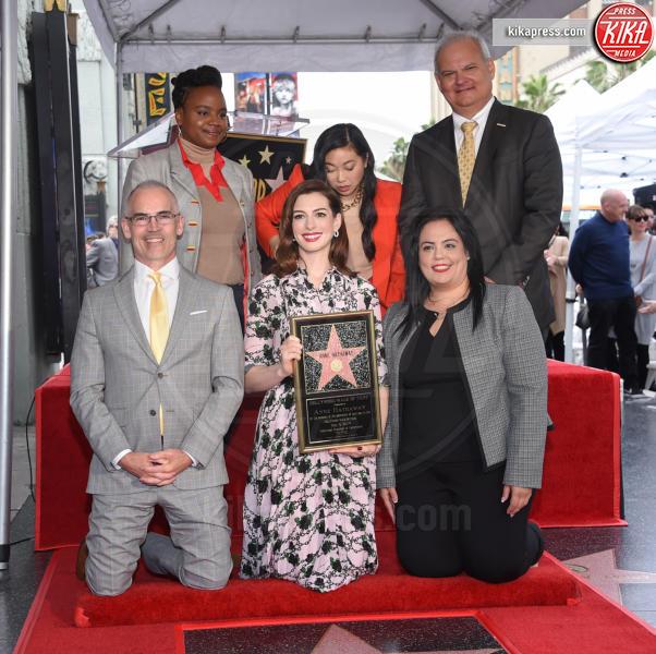 Awkwafina, Dee Rees, Anne Hathaway - Hollywood - 09-05-2019 - Anne Hathaway, la stella più bella sulla Walk of Fame
