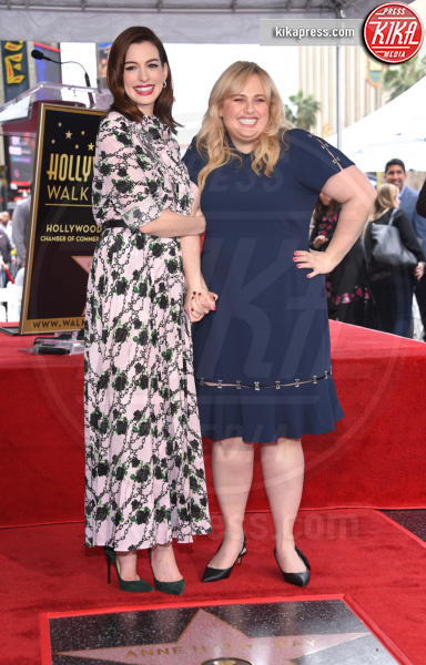 Rebel Wilson, Anne Hathaway - Hollywood - 09-05-2019 - Anne Hathaway, la stella più bella sulla Walk of Fame