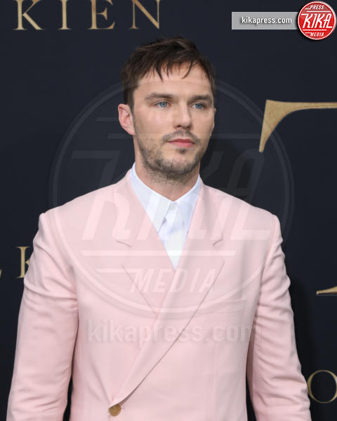 Nicholas Hoult - Los Angeles - 08-05-2019 - Robert Pattinson, da vampiro a uomo pipistrello in Batman