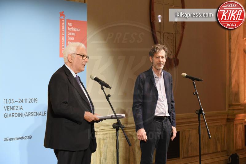 Ralph Rugoff, Paolo Baratta - Venezia - 11-05-2019 - Biennale di Venezia, i premiati della 58esima edizione