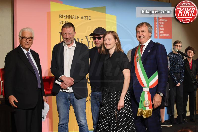 Luigi Brugnaro, Harald Thys, Jos de Gruyter, Paolo Baratta - Venezia - 11-05-2019 - Biennale di Venezia, i premiati della 58esima edizione