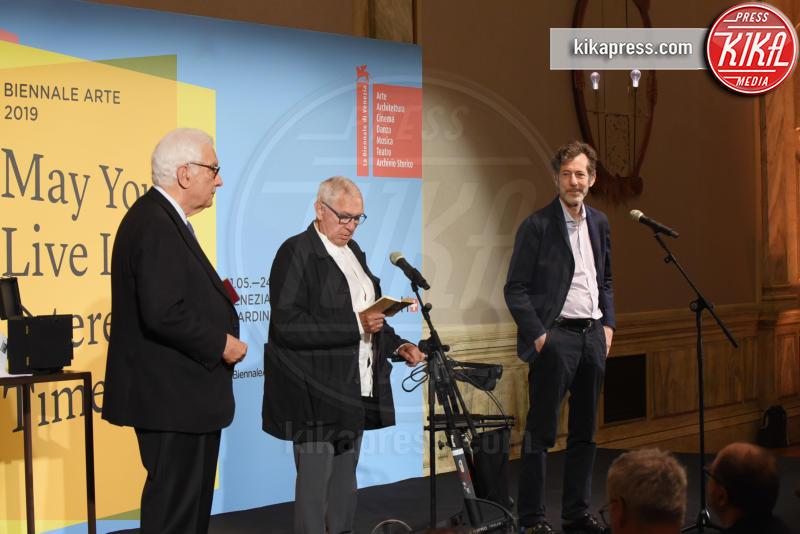 Jimmie Durham, Ralph Rugoff, Paolo Baratta - Venezia - 11-05-2019 - Biennale di Venezia, i premiati della 58esima edizione