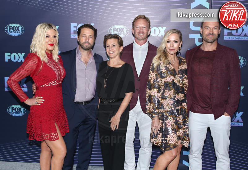 Gabrielle Carteris, Ian Ziering, Brian Austin Green, Jennie Garth, Tori Spelling, Jason Priestley - New York - 13-05-2019 - Beverly Hills 90210: reunion ufficiale per i palinsesti Fox!