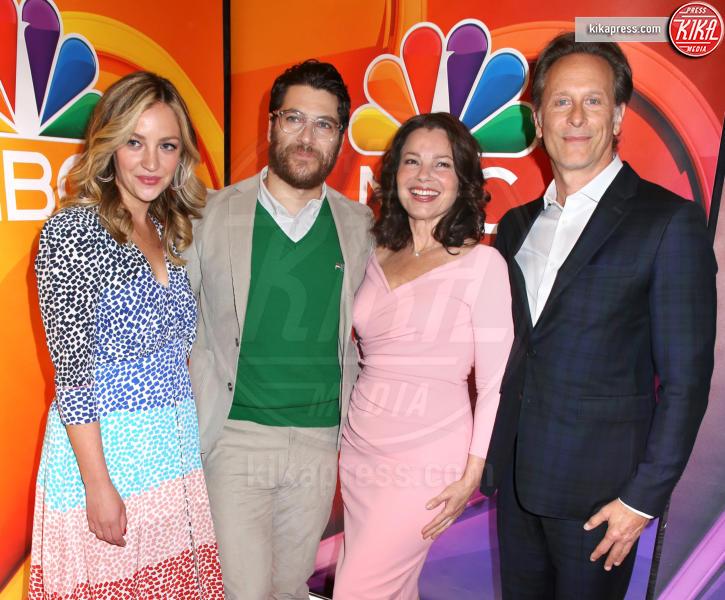 Abby Elliott, Adam Pally, Steven Weber, Fran Drescher - New York - 13-05-2019 - Rieccola! Tata Francesca alla presentazione dei palinsesti NBC