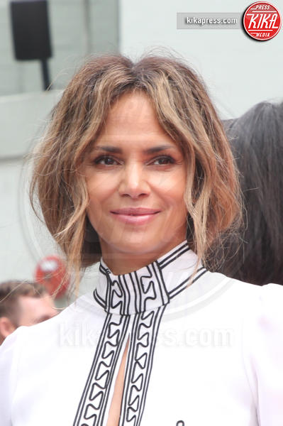 Halle Berry - Hollywood - 14-05-2019 - Keanu Reeves mette le impronte nella storia del cinema