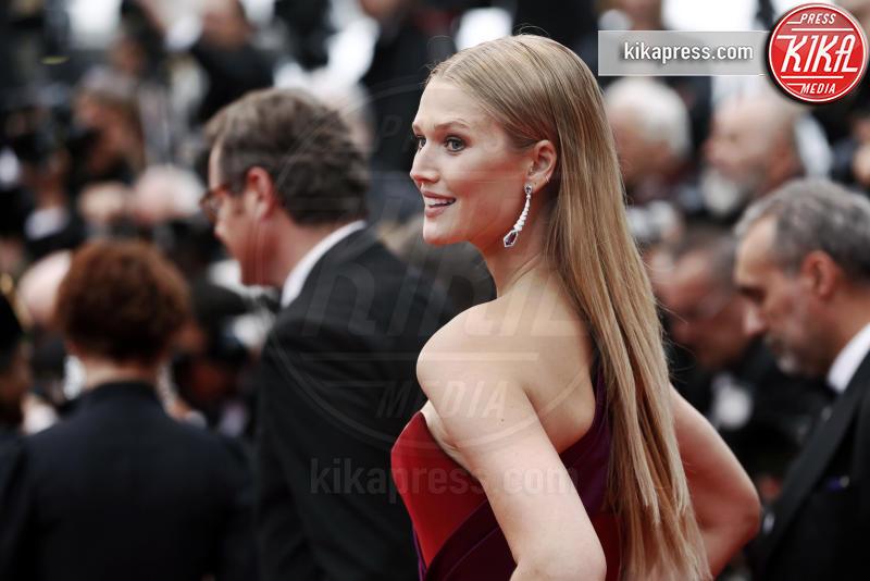Toni Garrn - Cannes - 18-05-2019 - Cannes 2019: i gioielli delle star brillano sul red carpet