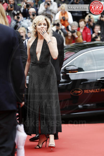 Valeria Golino - Cannes - 19-05-2019 - Cannes 2019, Elsa Hosk, Victoria's Secret arriva sulla croisette