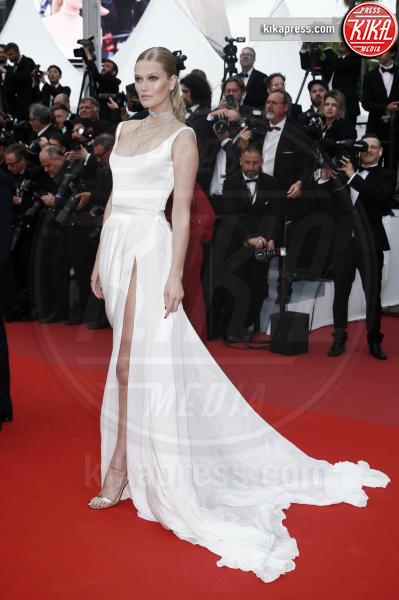 Toni Garrn - Cannes - 19-05-2019 - Cannes 2019, Elsa Hosk, Victoria's Secret arriva sulla croisette