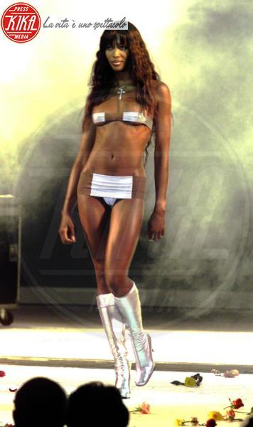 Naomi Campbell - 20-03-1999 - Auguri Naomi Campbell! Le curiosità che forse non conoscevate