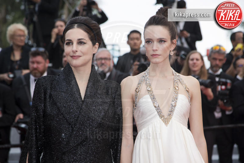 Stacy Martin, Amira Casar - Cannes - 24-05-2019 - Cannes 2019, Adèle Exarchopoulos torna sul luogo del delitto