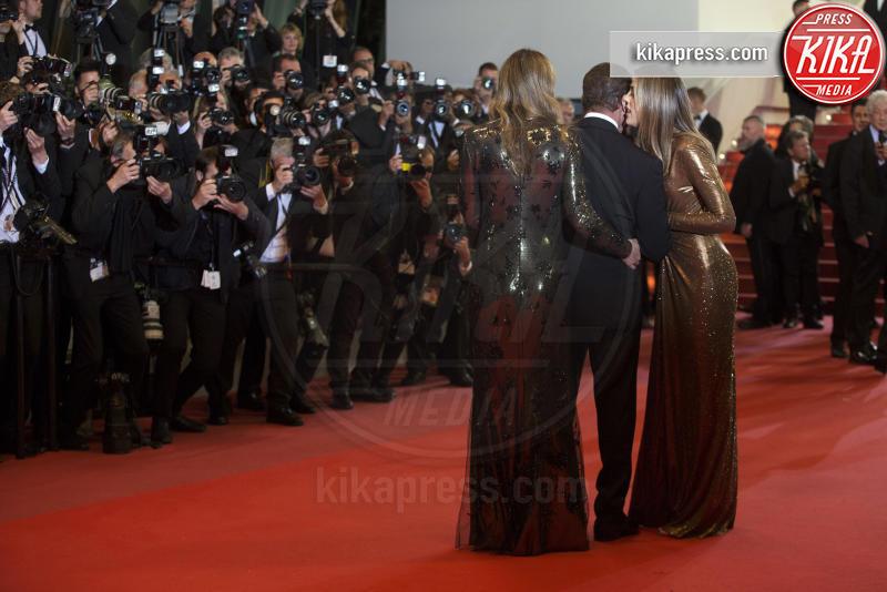 Sistine Rose Stallone, Jennifer Flavin, Sylvester Stallone - Cannes - 24-05-2019 - Cannes 2019, è la notte di Sylvester Stallone e di Rambo 5