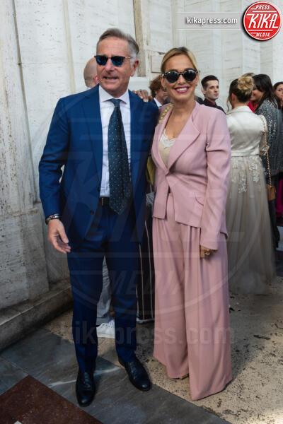 Sonia Bruganelli, Paolo Bonolis - 01-06-2019 - Le coppie che non sapevate non dormissero insieme