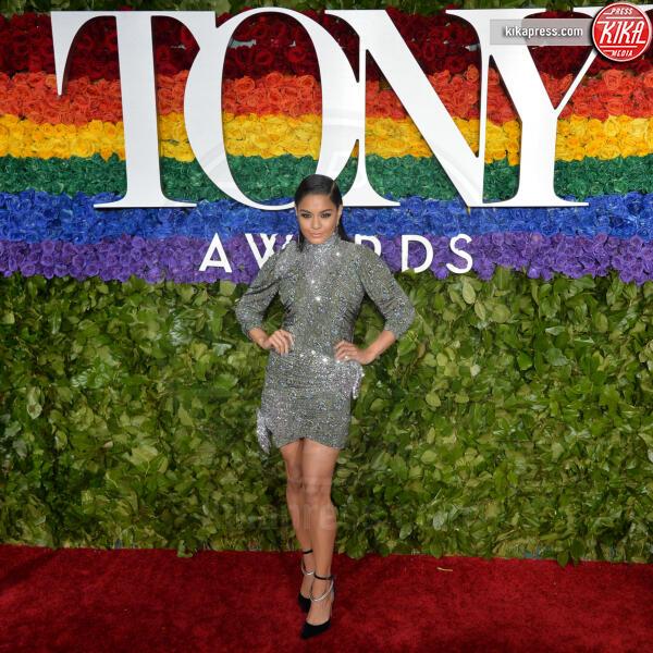 Vanessa Hudgens - New York - 09-06-2019 - Tony Awards 2019, il colpo di testa di Emily Ratajkowski