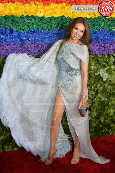 Thalia - New York - 09-06-2019 - Tony Awards 2019, il colpo di testa di Emily Ratajkowski