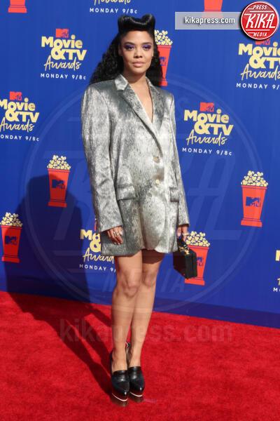 Tessa Thompson - Santa Monica - 15-06-2019 - Jada Pinkett-Smith, smoking argento a MTV Movie & TV Awards
