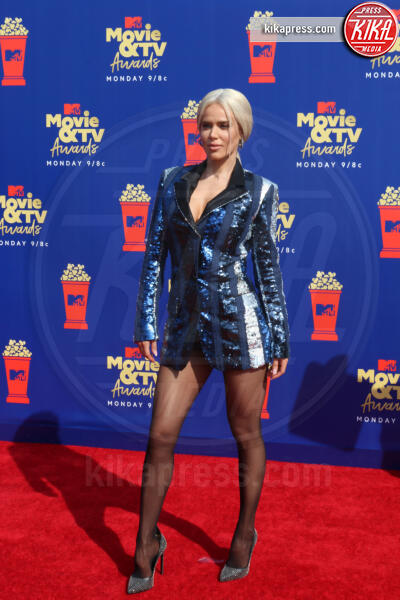 Lana Perry, CJ Perry - Santa Monica - 15-06-2019 - Jada Pinkett-Smith, smoking argento a MTV Movie & TV Awards