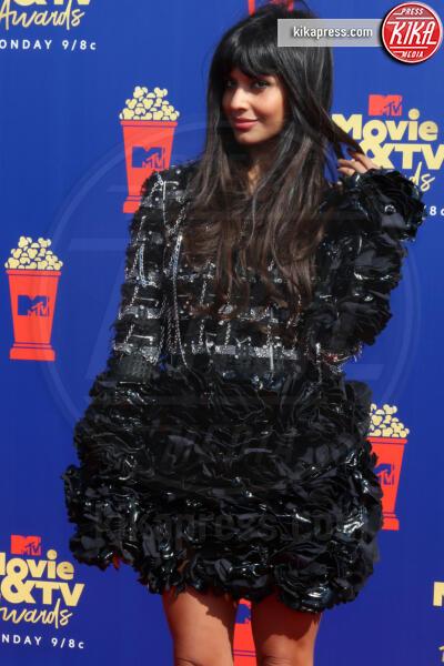 Jameela Jamil - Santa Monica - 15-06-2019 - Jada Pinkett-Smith, smoking argento a MTV Movie & TV Awards
