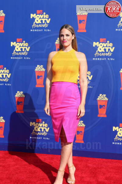 Laurel Stucky - Santa Monica - 15-06-2019 - Jada Pinkett-Smith, smoking argento a MTV Movie & TV Awards