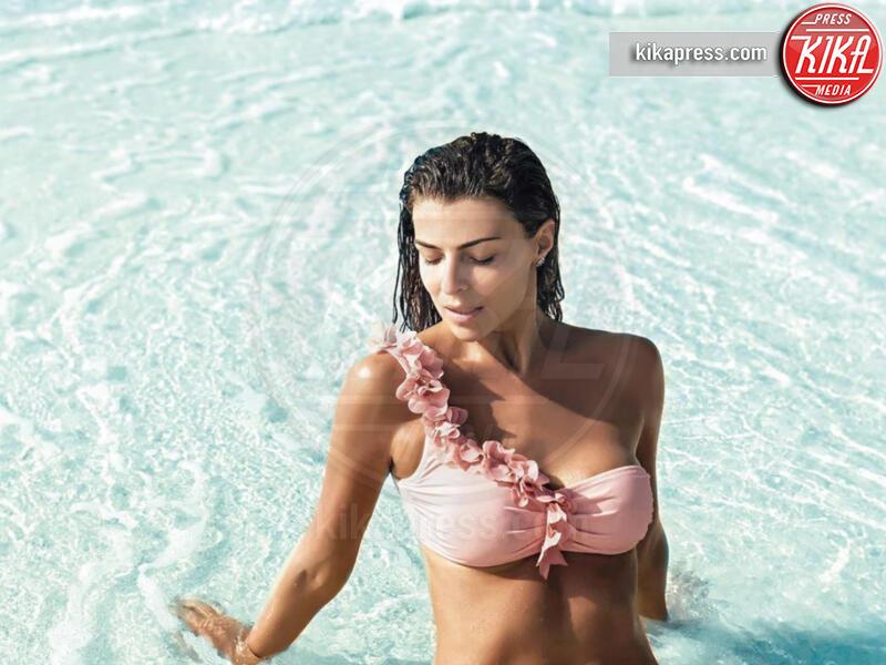 Cristina Chiabotto - 28-06-2019 - Estate 2019: bikini o costume intero, questo è il dilemma!
