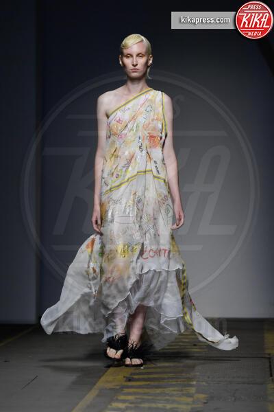 Sfilata paola emilia monachesi, Modella - Roma - 06-07-2019 - Altaroma: la sfilata di Paola Emilia Monachesi