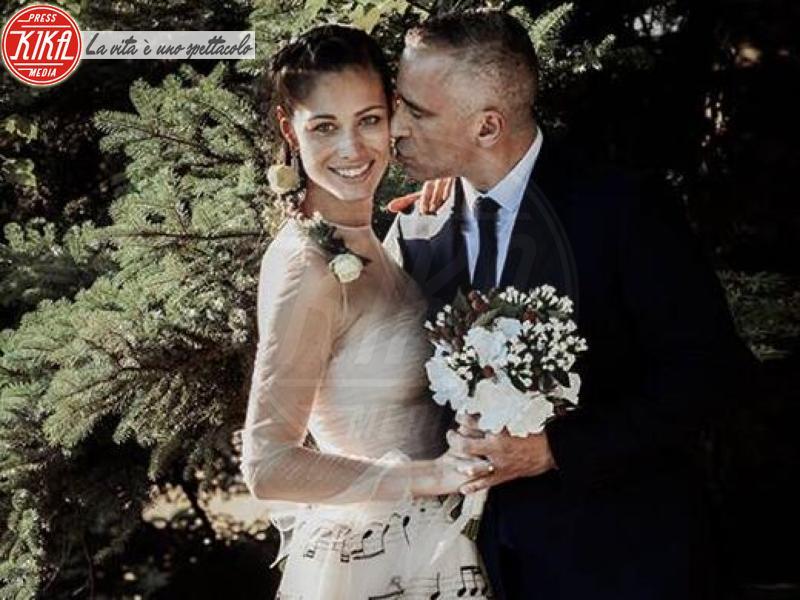 Marica Pellegrinelli, Eros Ramazzotti - 21-06-2014 - Amal e George: Hello! e People svelano l'abito della sposa