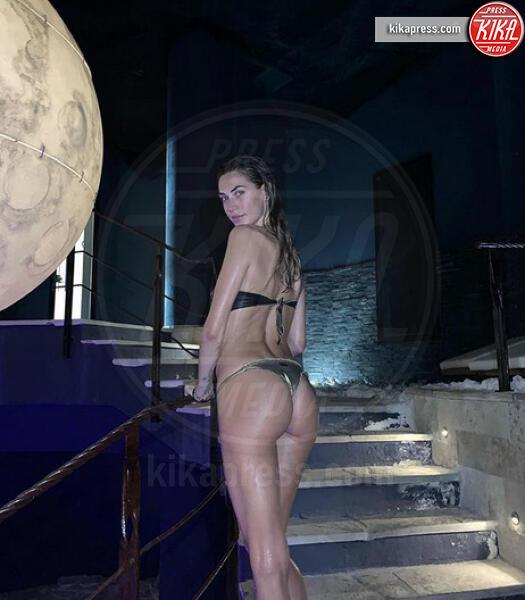 Melissa Satta - Milano - 09-07-2019 - Estate 2019: lato b ieri e oggi. Qualcosa è cambiato?