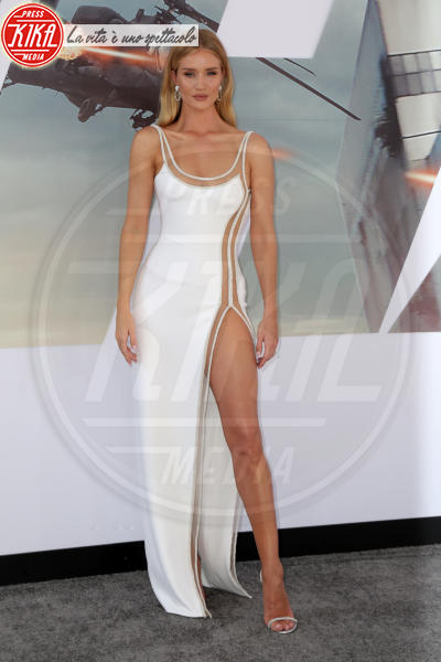 Rosie Huntington-Whiteley - Los Angeles - 14-07-2019 - Fast & Furious Presents: Hobbs and Shaw, la premiere mondiale