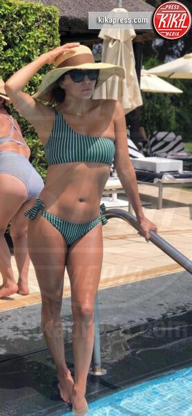 Eva Longoria - 15-07-2019 - Estate 2019: bikini o costume intero, questo è il dilemma!