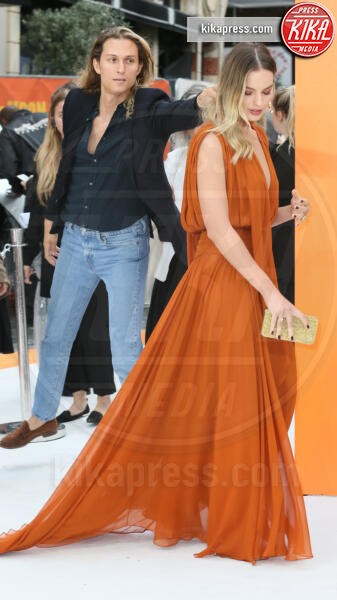 Margot Robbie - Londra - 30-07-2019 - C'era una volta a Hollywood, Margot Robbie in Oscar de la Renta