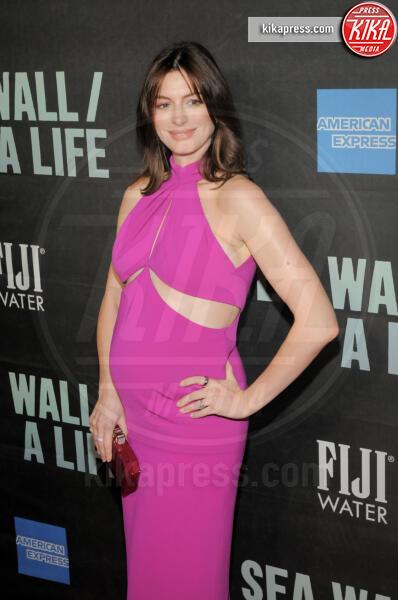 Anne Hathaway - New York - 08-08-2019 - Anne Hathaway, la prima uscita pubblica col pancione