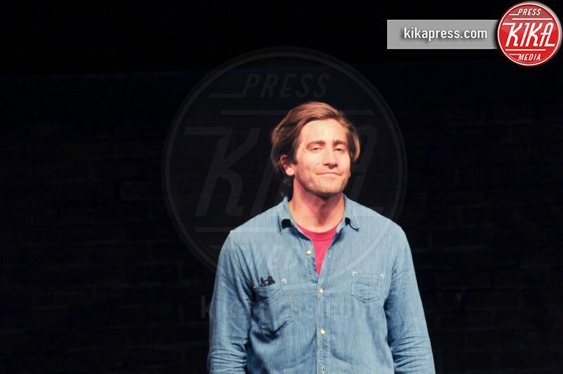 Jake Gyllenhaal - New York - 08-08-2019 - Anne Hathaway, la prima uscita pubblica col pancione