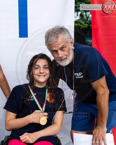 Vincenzo Allocco, Angela Procida - Castellammare di Stabia - Un incidente non l'ha fermata. Angela sogna i Mondiali di nuoto
