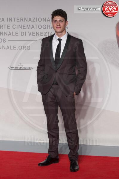 Andrea Calligari - Venezia - 31-08-2019 - Venezia 76: Ramazzotti-Virzì, l'amore sul red carpet di Vivere