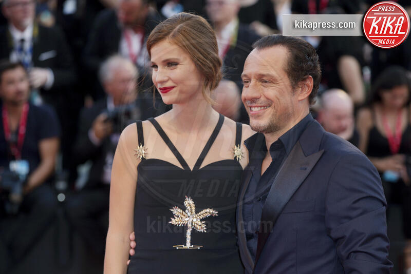 Bianca Vitali, Stefano Accorsi - Venezia - 01-09-2019 - Venezia 76, il red carpet di The Laundromat