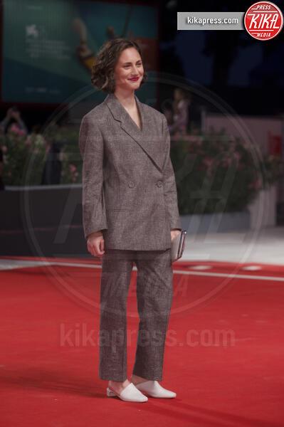 Tatiana Delaunay - Venezia - 03-09-2019 - Venezia 76: Rodriguez-Moser, l'amore sul red carpet