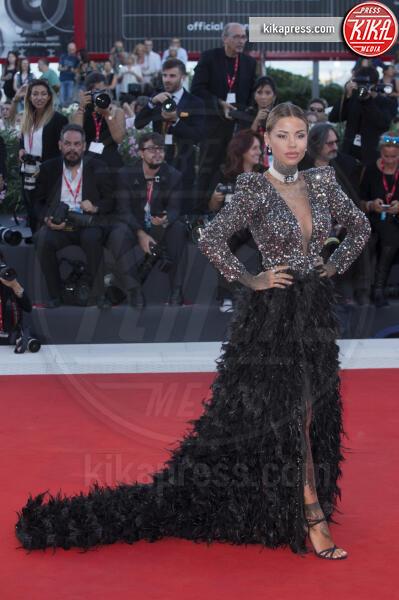 Zoe Cristofoli - Venezia - 04-09-2019 - Venezia 76: Giulia Salemi e Gong Li, sensualità sul red carpet
