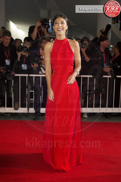 Alessandra Mastronardi - Venezia - 06-09-2019 - Venezia 76: Safroncik e Mastronardi, il red carpet è Beautiful!