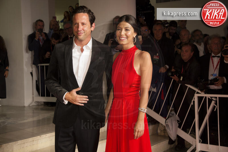 Ross McCall, Alessandra Mastronardi - Venezia - 06-09-2019 - Venezia 76: Safroncik e Mastronardi, il red carpet è Beautiful!