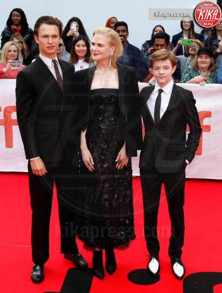 Oakes Fegley, Ansel Elgort, Nicole Kidman - Toronto - 08-09-2019 - Toronto 2019, Scarlett Johansson stella d'argento sul red carpet